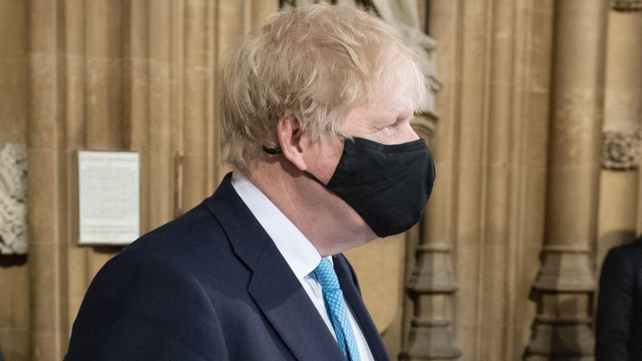 Борис Джонсън обяви обществено разследване на действията на кабинета за справяне с COVID-19