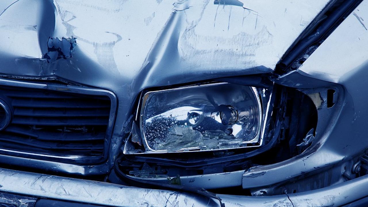 Катастрофиралата жена с двете си деца е била без шофьорска книжка