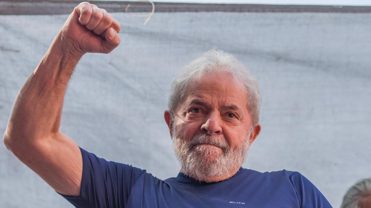 Изследване: Лула да Силва ще победи Болсонаро на президентските избори в Бразилия
