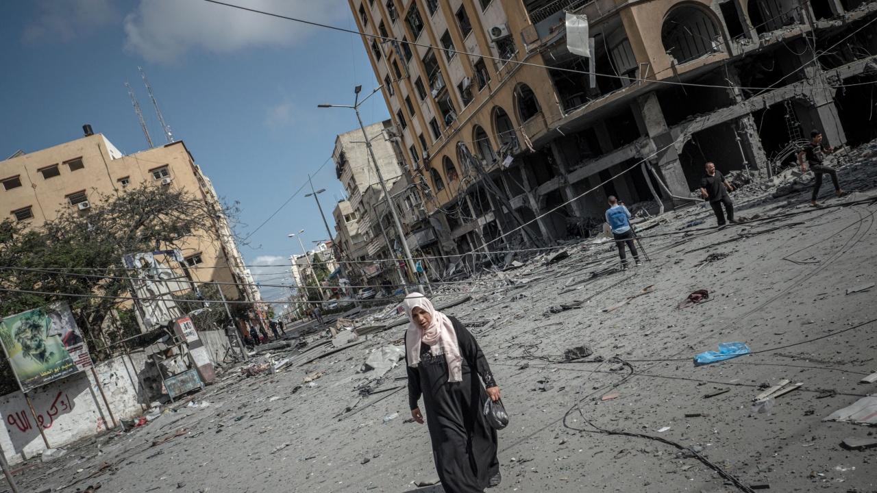 Хамас изстреля още 100 ракети срещу израелския град Ашкелон