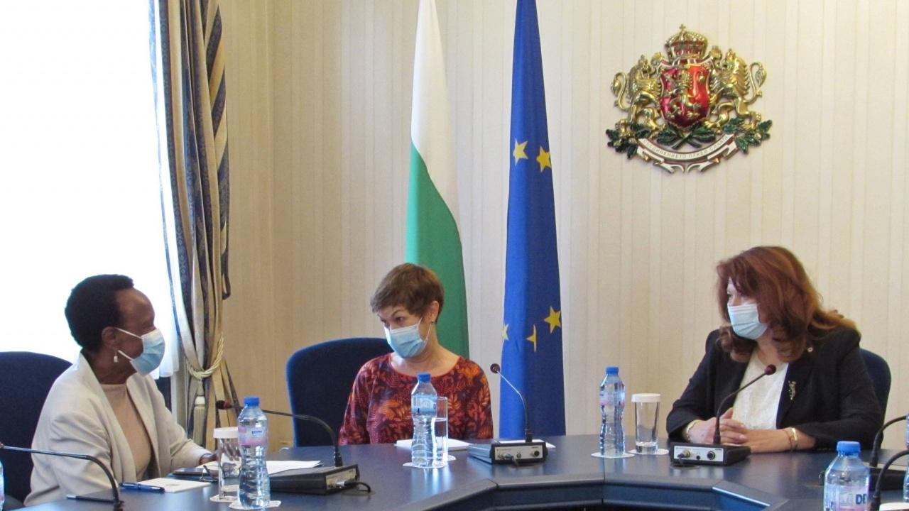Проблема с насилието над деца обсъдиха вицепрезидентът и представителят на УНИЦЕФ за България