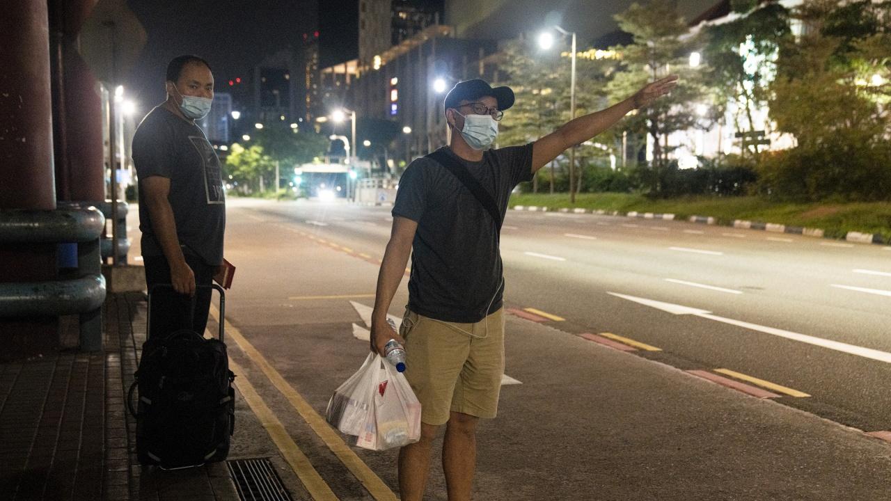 Сингапур налага по-строги ограничения заради коронавируса