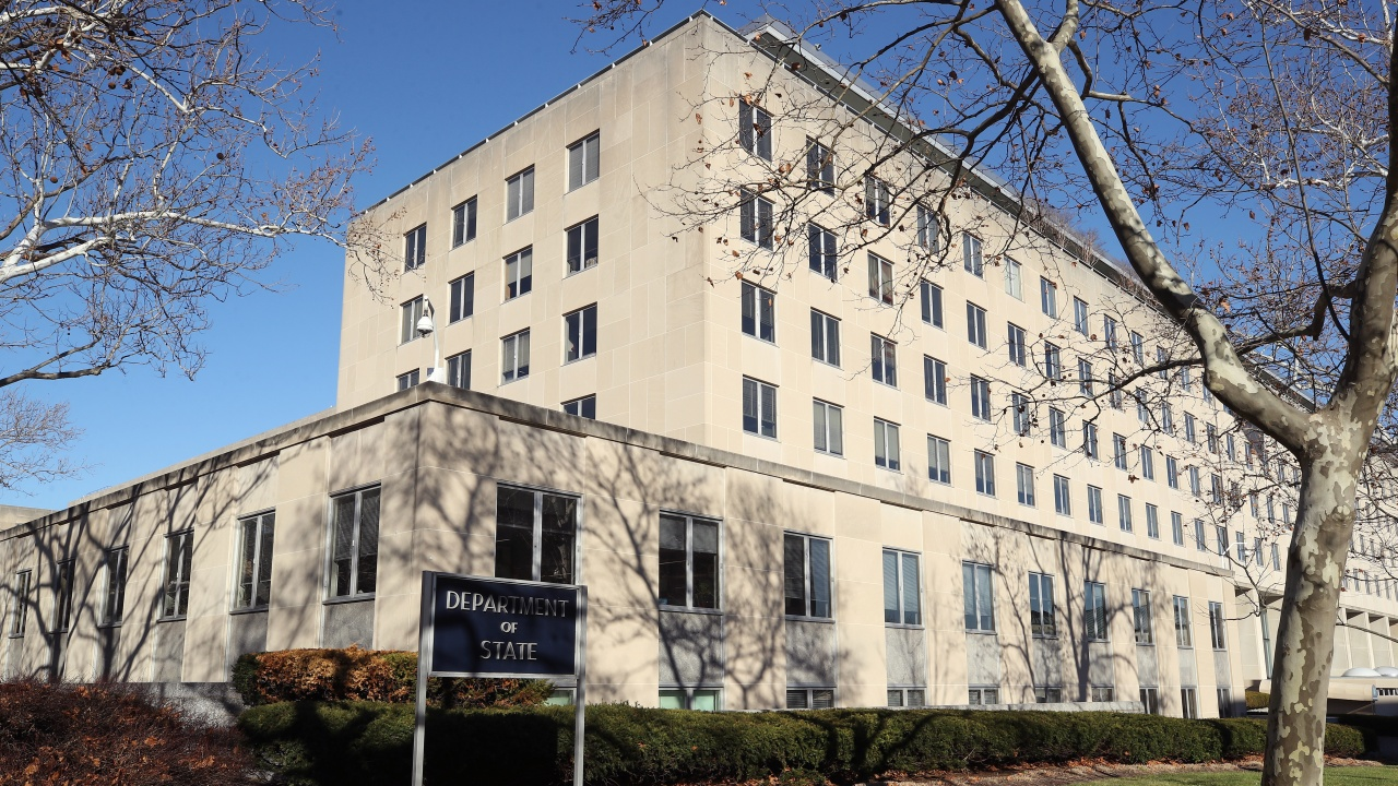 САЩ възобновяват част от консулските си дейности в Русия?