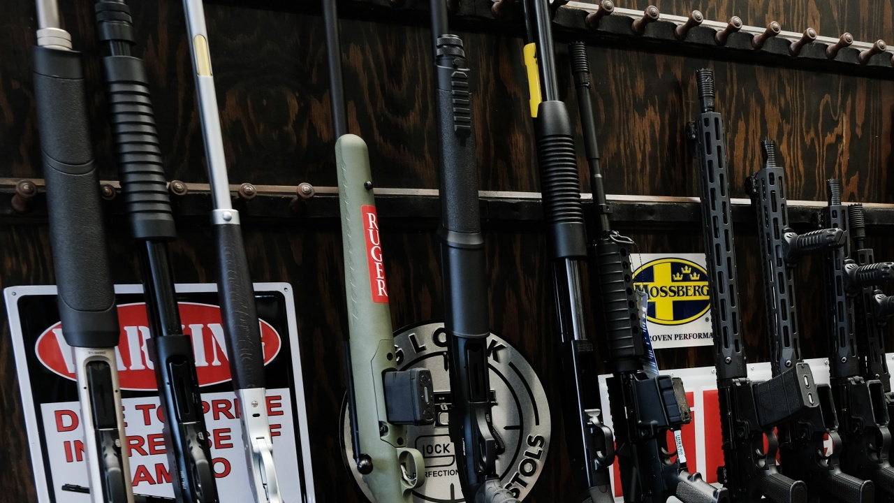 Огромно количество оръжие е изчезнало след взривовете във Върбетице