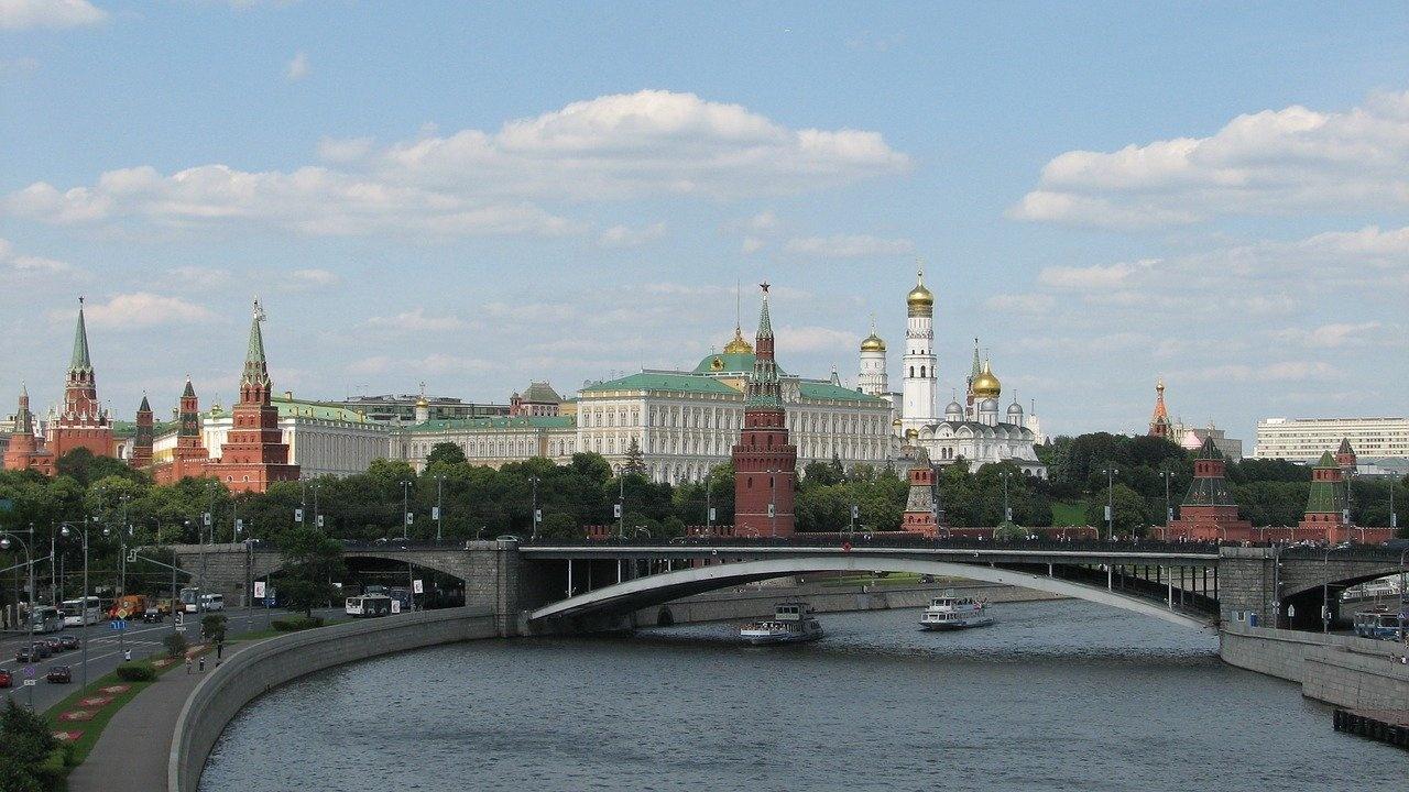 """Русия категоризира още една независима медия като """"чуждестранен агент"""""""