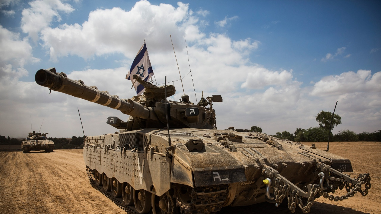 """Израелски танкове са стреляли по """"метежници"""", влизащи от Ливан"""