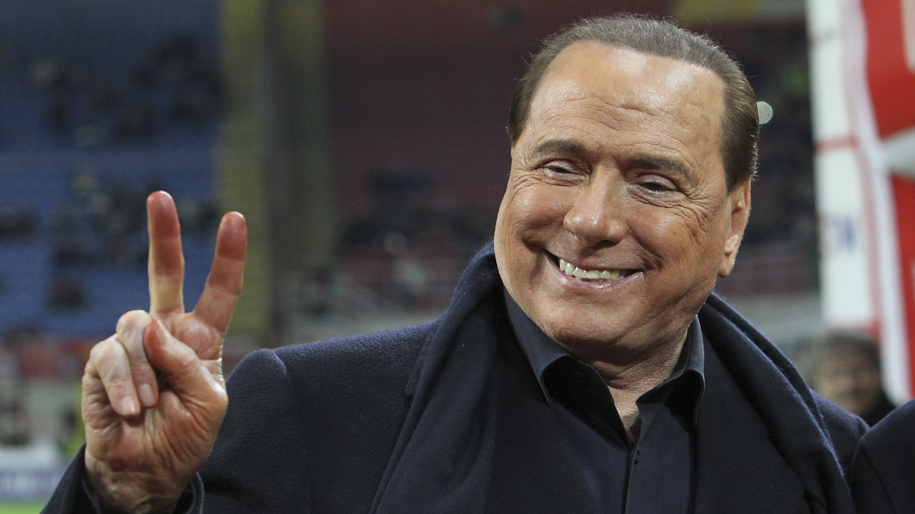 Берлускони напусна болница в Милано след петдневен престой