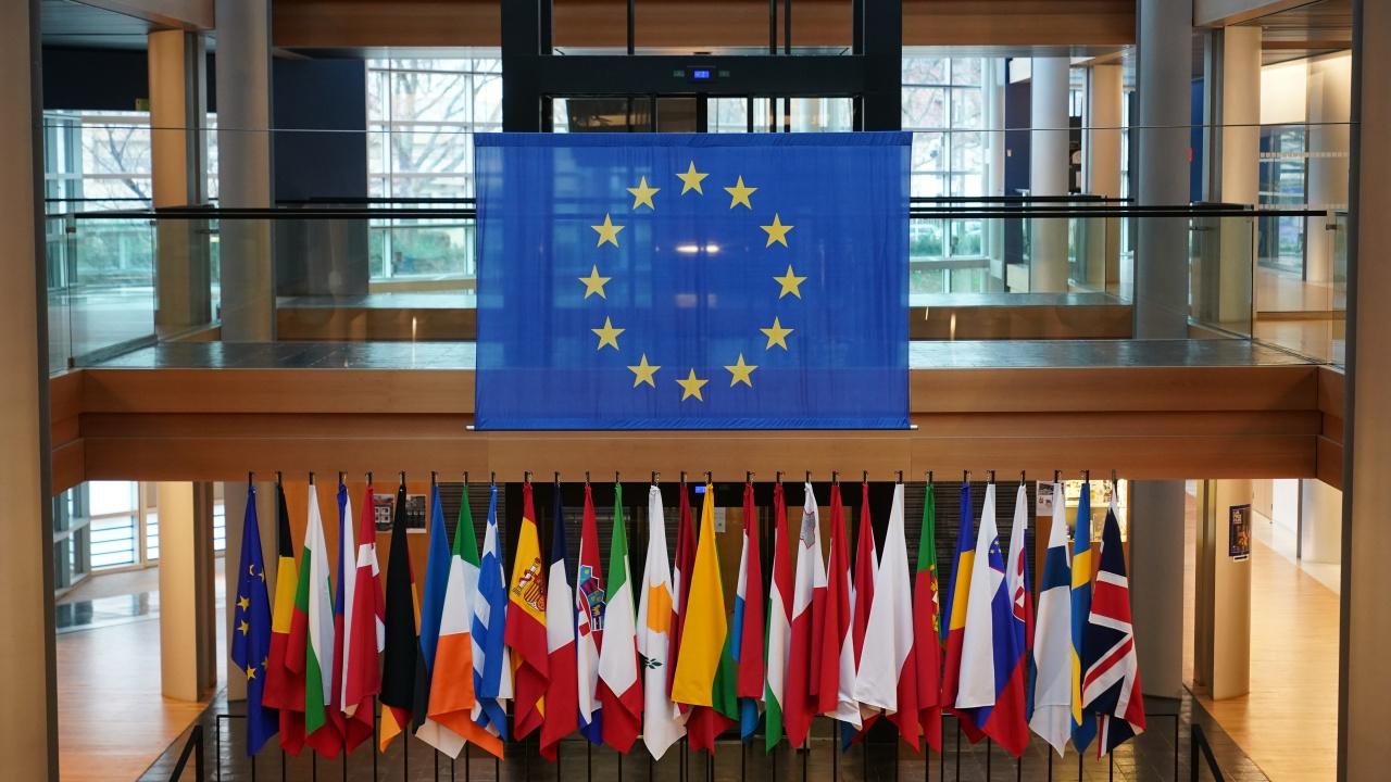 ЕС със спешни преговори във вторник по конфликта в Израел