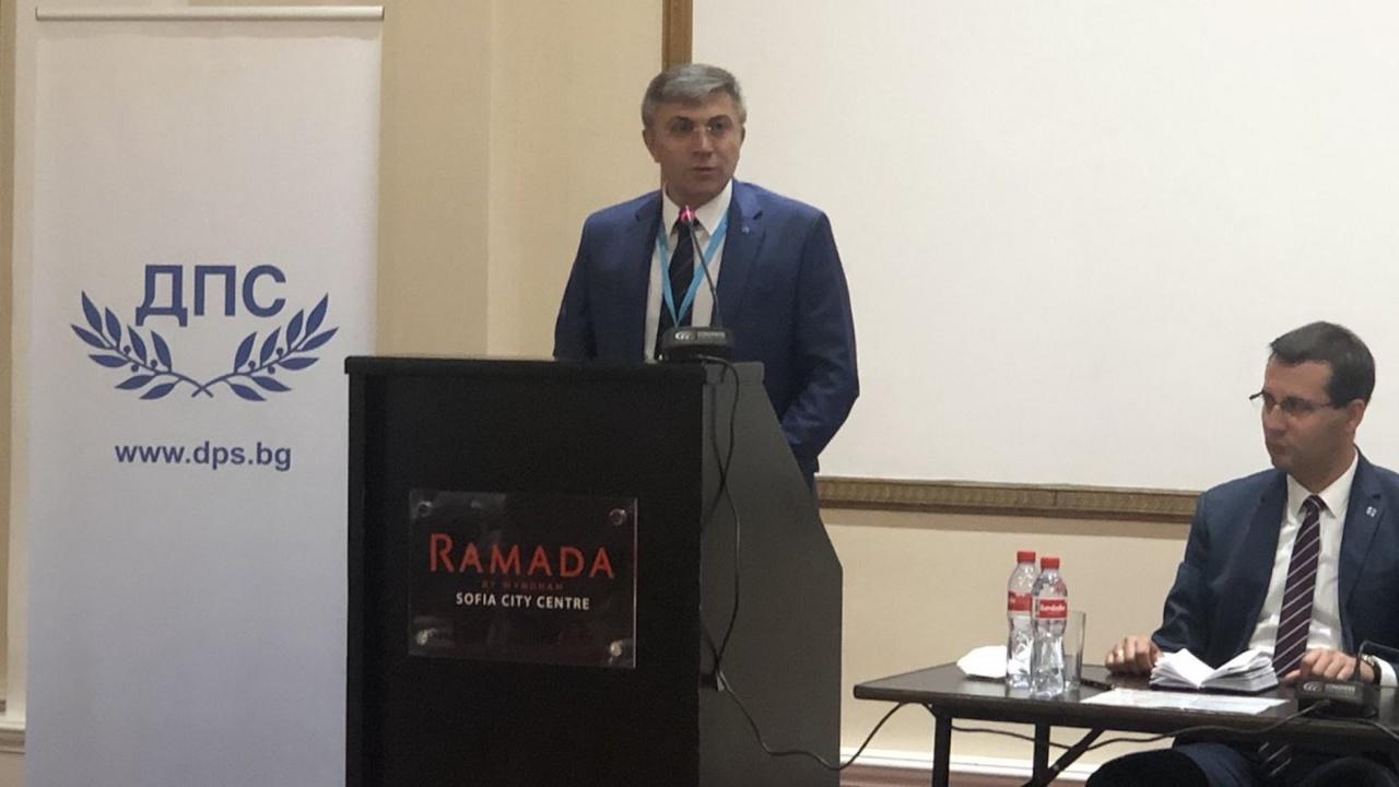 Мустафа Карадайъ: За връщане на нормалността в политиката, диалогът е необходим