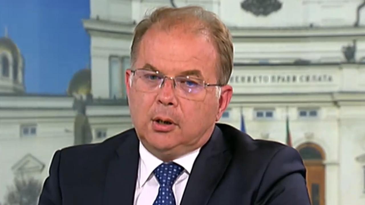 Радомир Чолаков: Никой не е останал в историята с ревизии