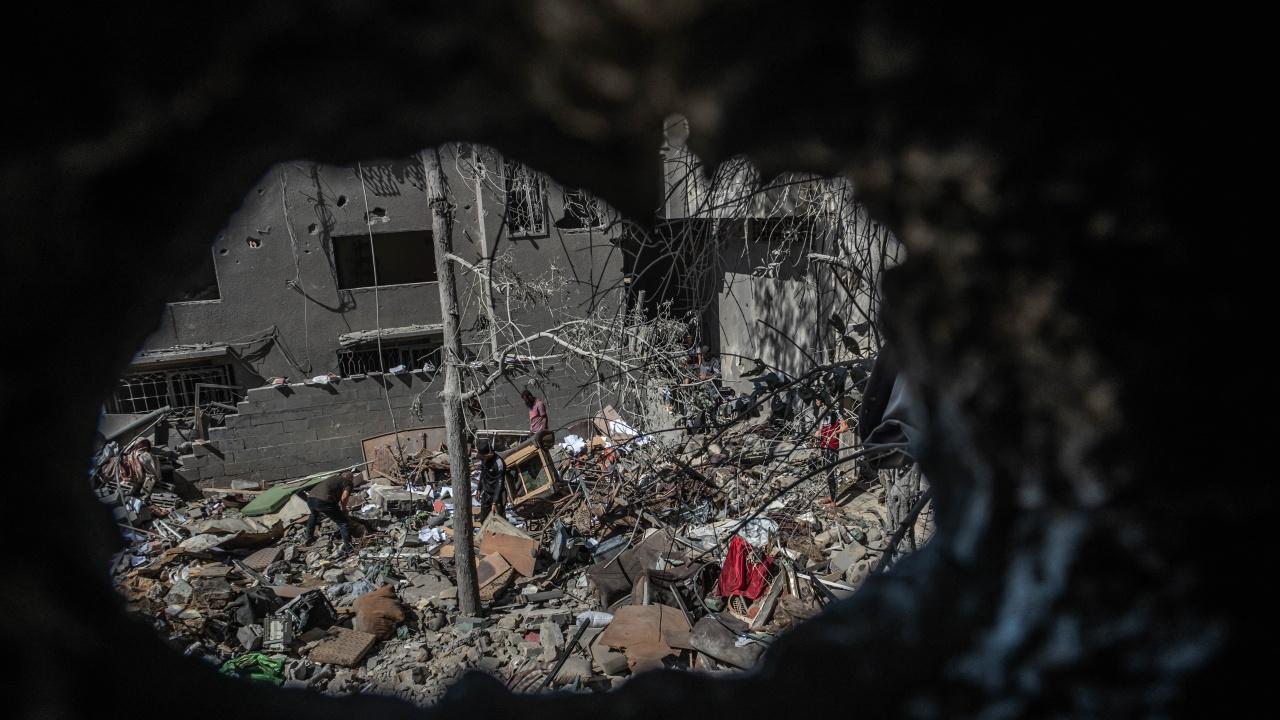 Израел атакува тунелната система на Хамас