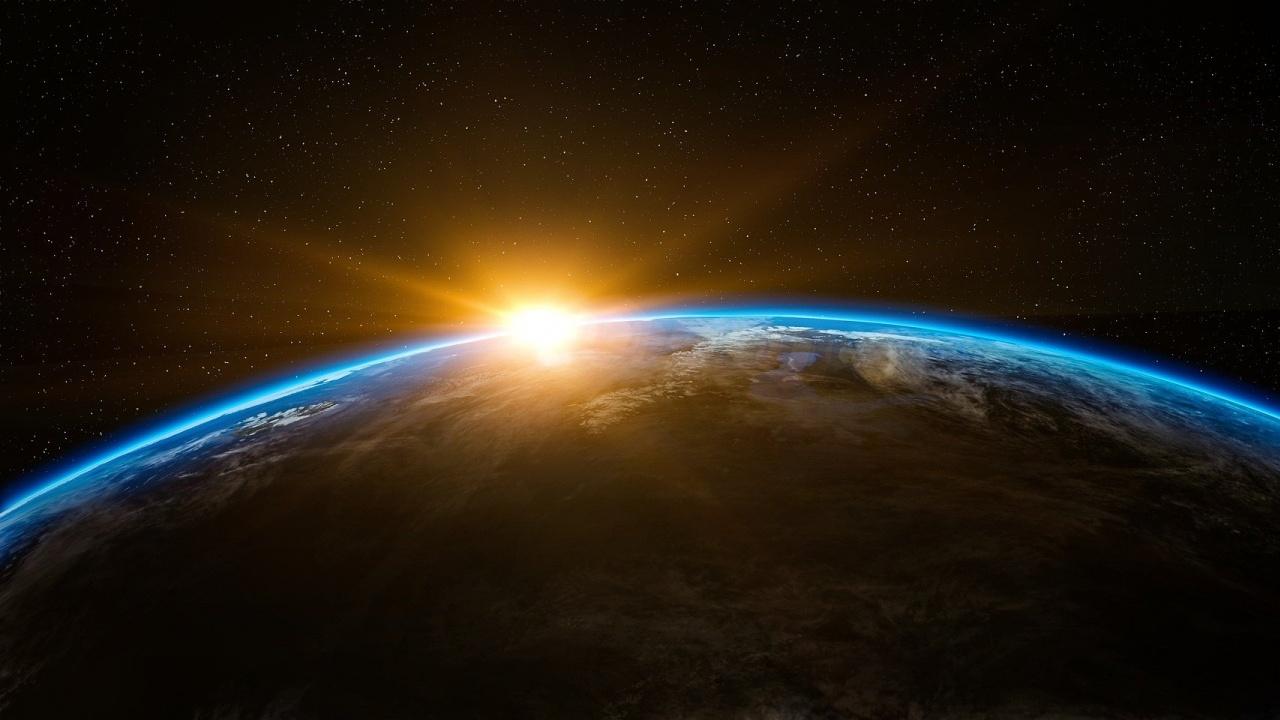 """Проектът """"Space Education for Bulgaria"""", подкрепен от ЕКА, започна във Физическия факултет на СУ"""