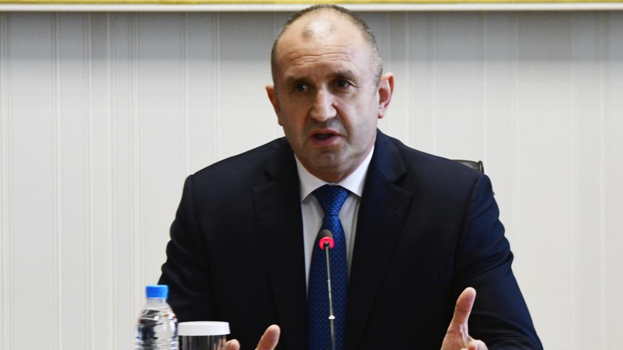 Румен Радев проведе телефонен разговор с премиера на Албания Еди Рама