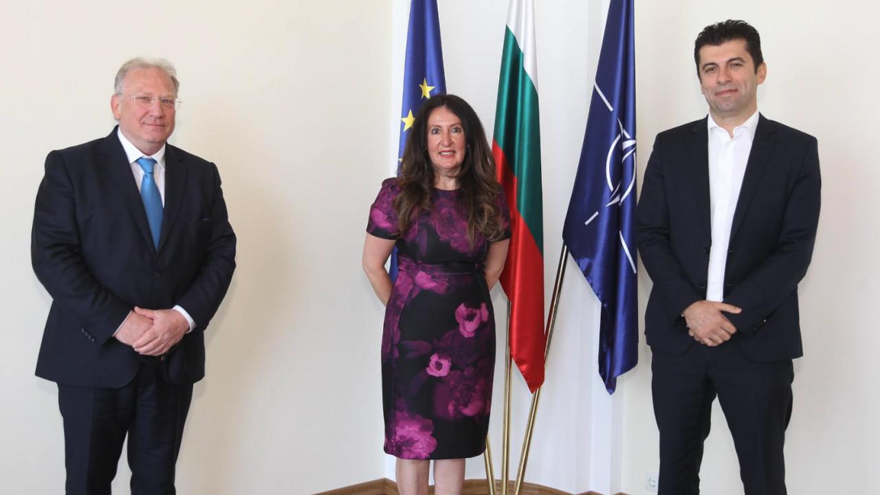 Министрите на външните работи и на икономиката се срещнаха с Херо Мустафа