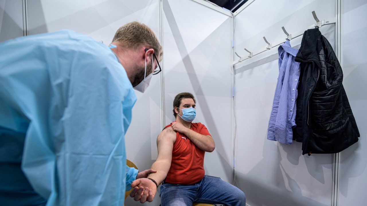 Германия ще предлага ваксини срещу COVID-19 на всички пълнолетни от 7 юни