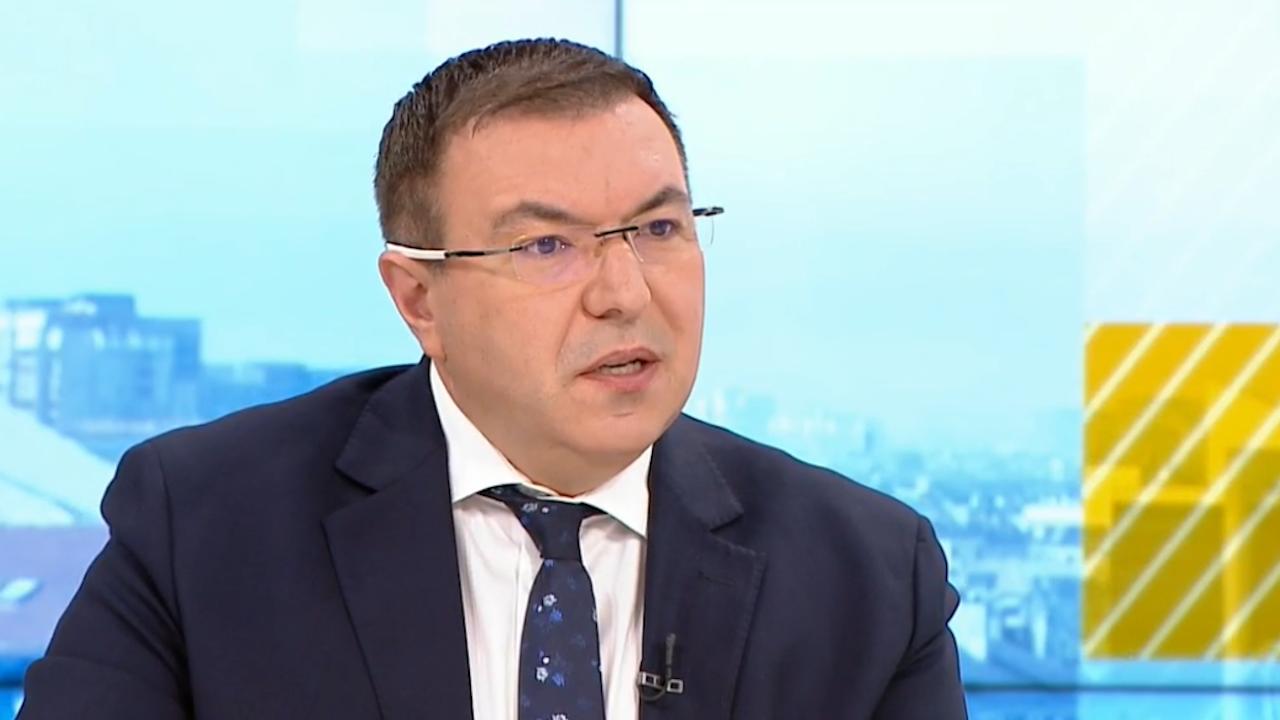 Проф. Ангелов предупреди за новата заповед на Кацаров: Ще има спад на ваксинациите