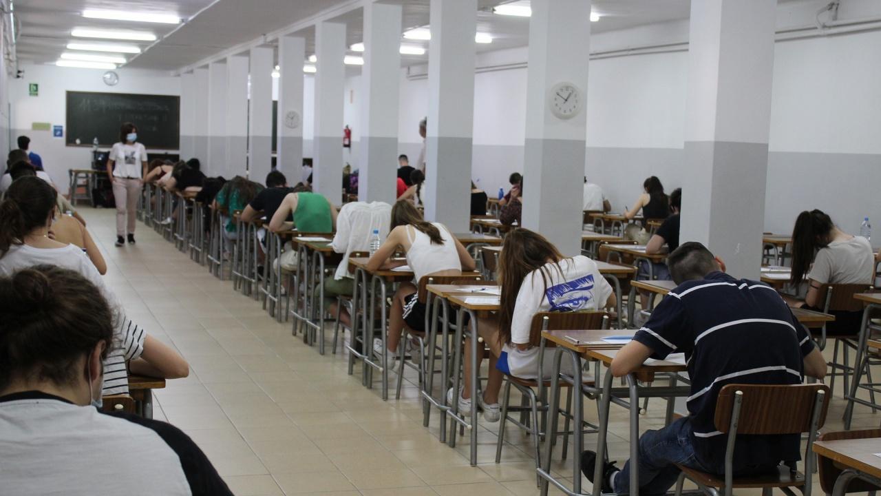 В Сливенска област 1139 зрелостници ще се явят на матури