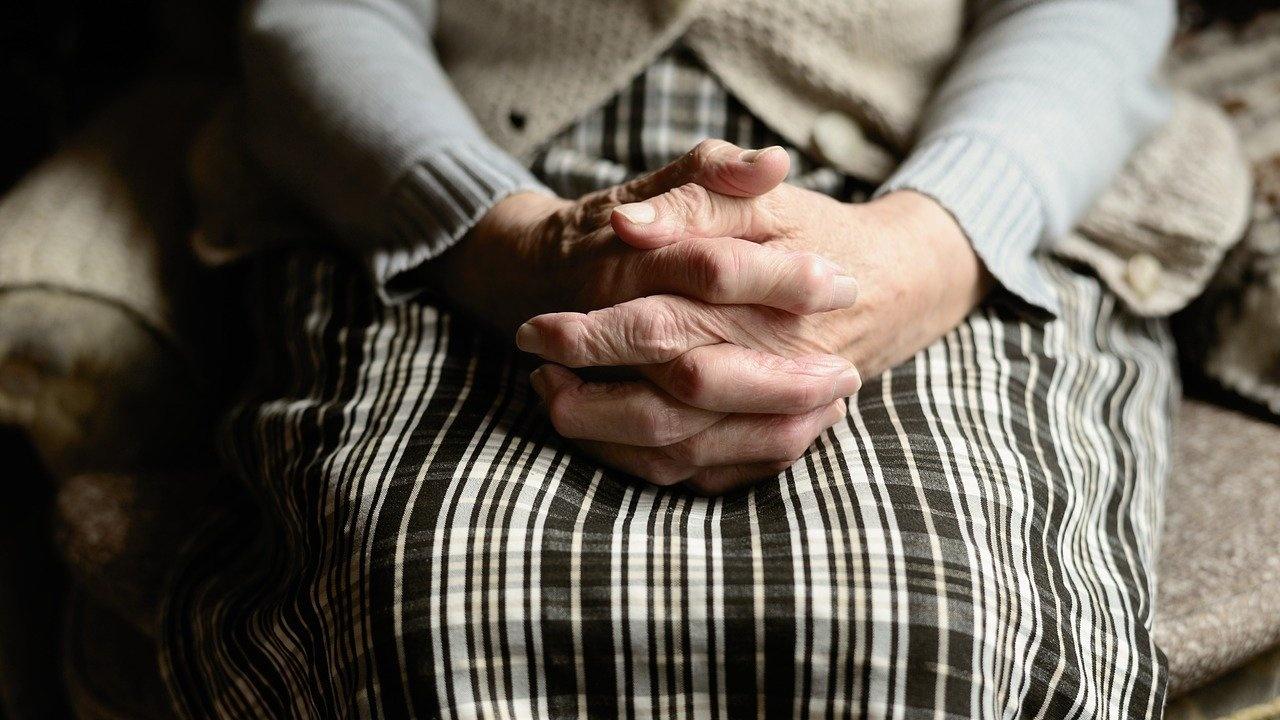 Община Лом предостави социални и здравни услуги на 360 възрастни хора по европейски проект