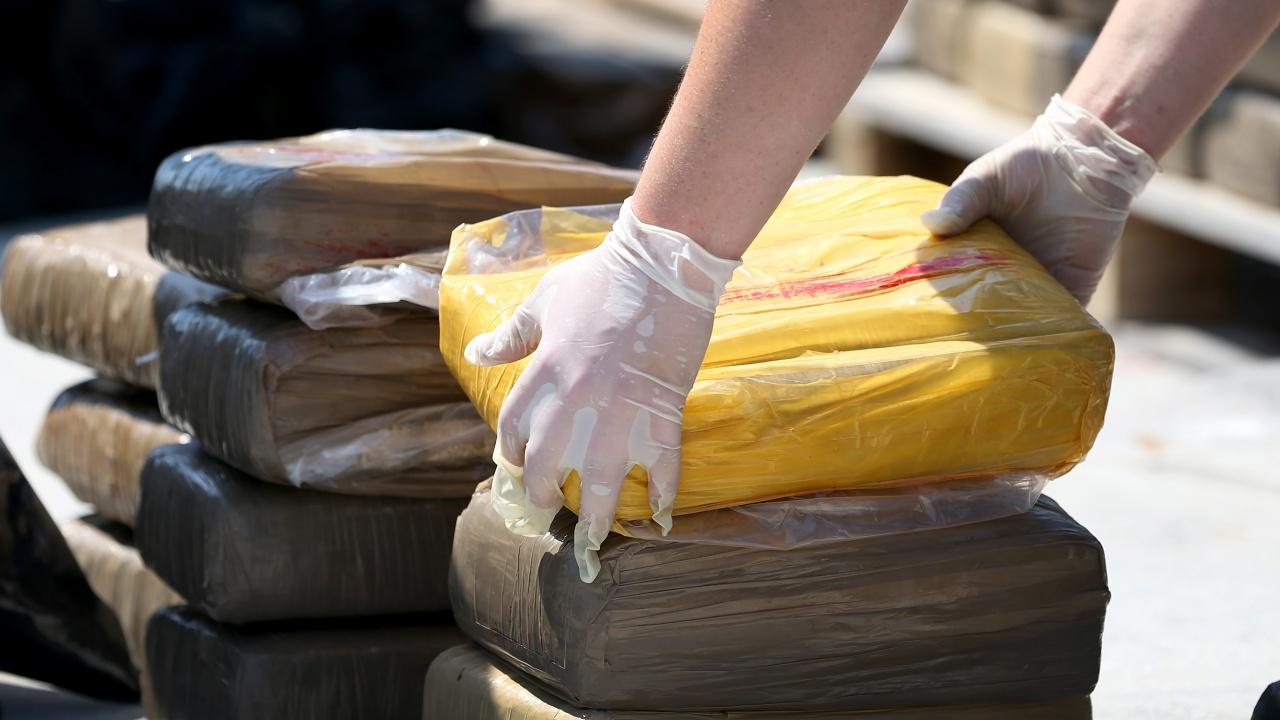 В Косово спипаха 440 килограма кокаин, скрити в месо