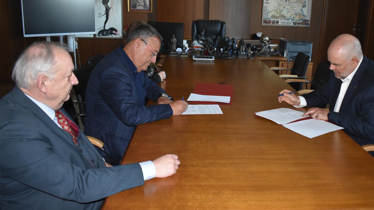 Прокуратурата и Камарата на строителите подписаха Меморандум за сътрудничество