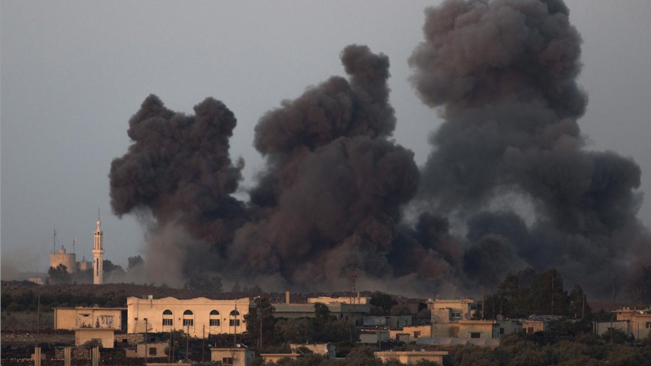 Ракета, изстреляна от Газа, уби двама души в Израел, зраелски въздушен удар разруши шестетажна сграда в Газа