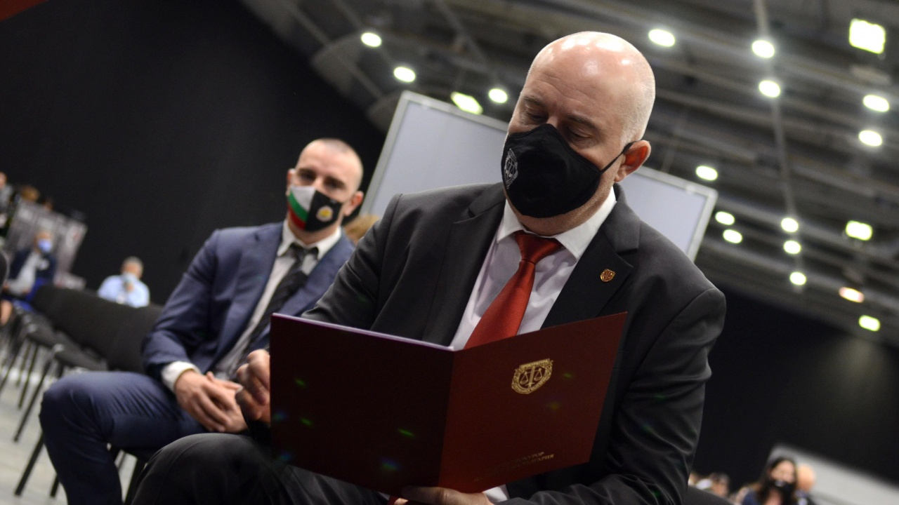 Иван Гешев с писмо до вътрешния министър и ръководителя на ДАНС