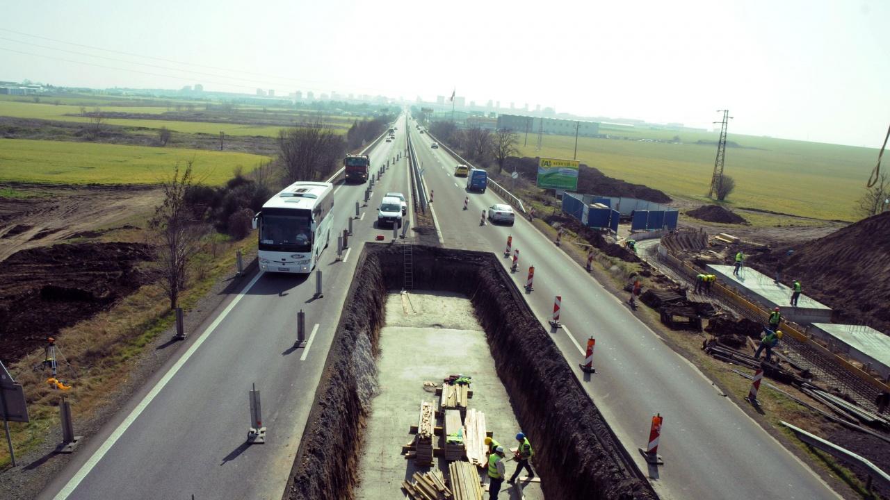 По ОПОС започна укрепване на свлачището в участък от пътя между Елена - Сливен