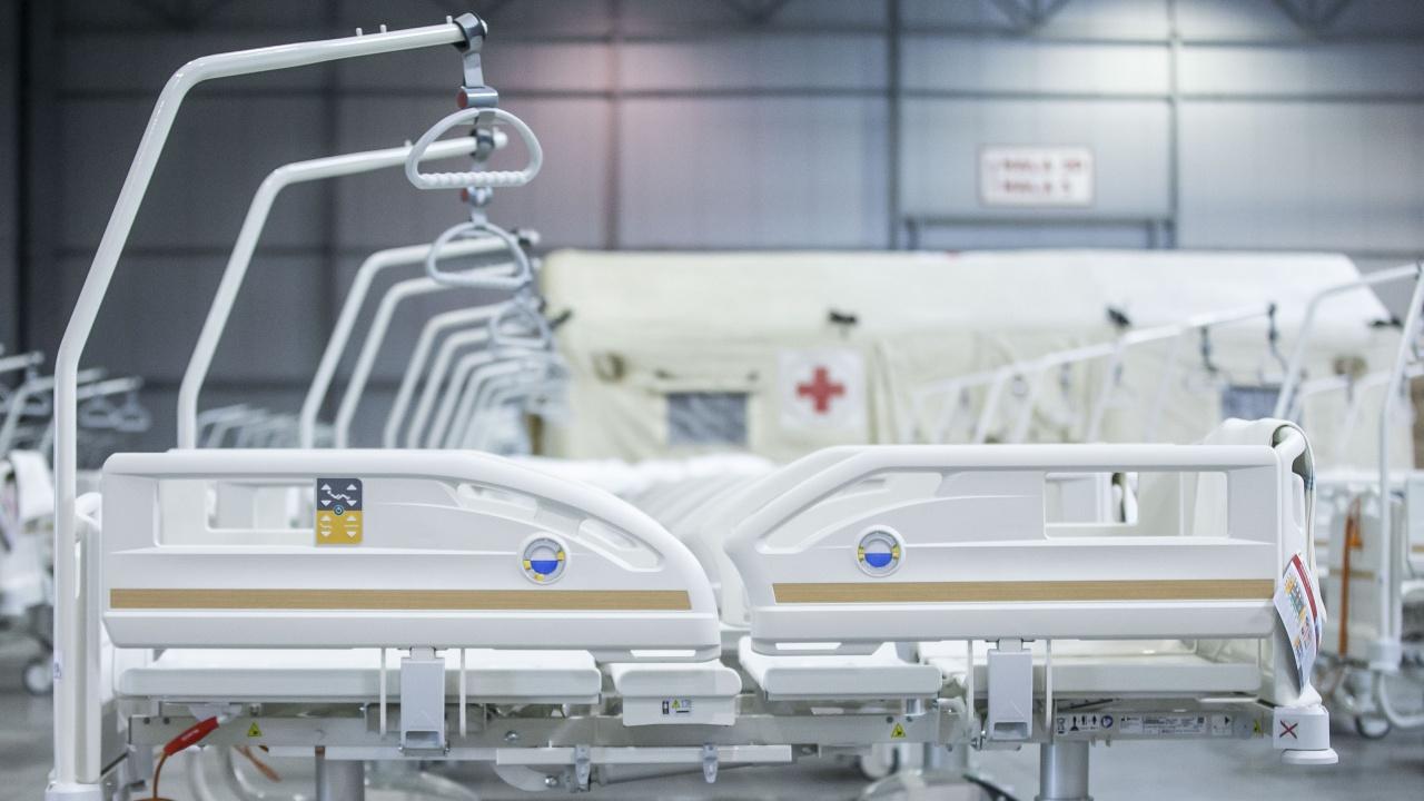 Полша затваря голяма временна  болница за пациенти с COVID-19