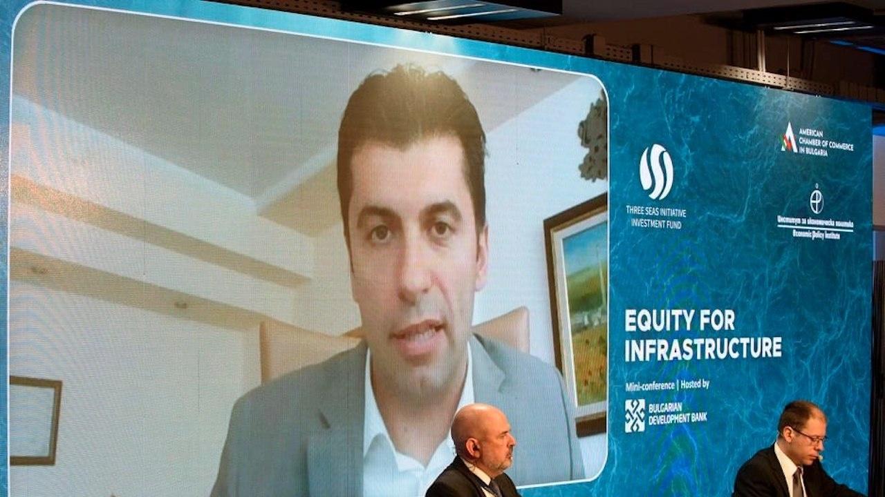 Кирил Петков: Трябва да се намери начин по-голямата част от добавената стойност да остава България