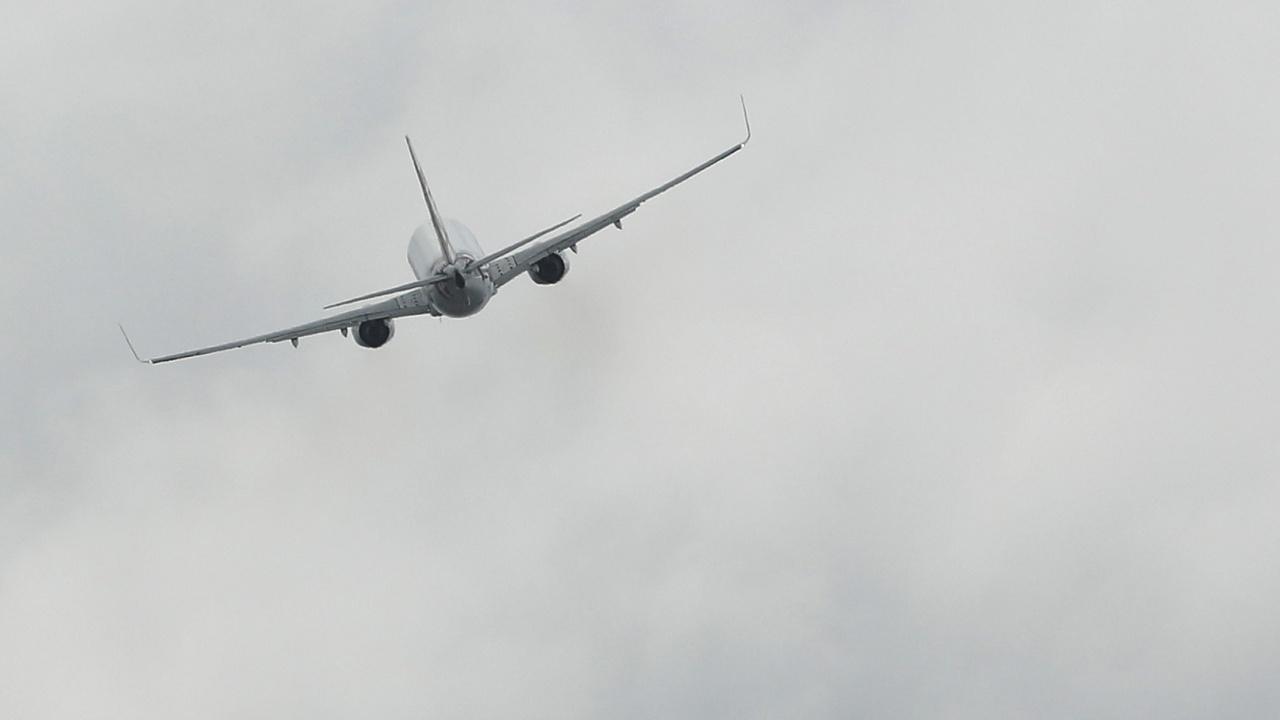 Отвлечен самолет на полските ВВС?