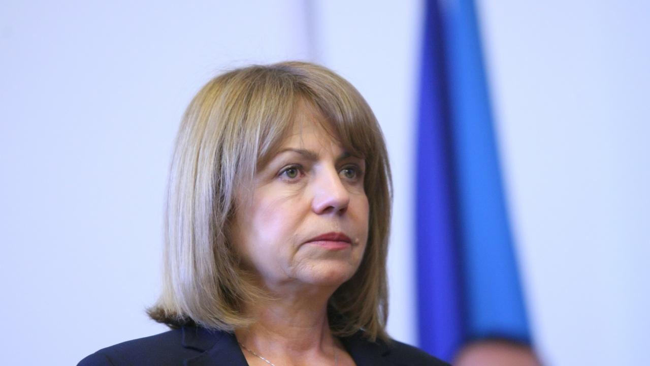 ДБ и БСП в СОС поискаха оставката на кмета Фандъкова, тя им отговори