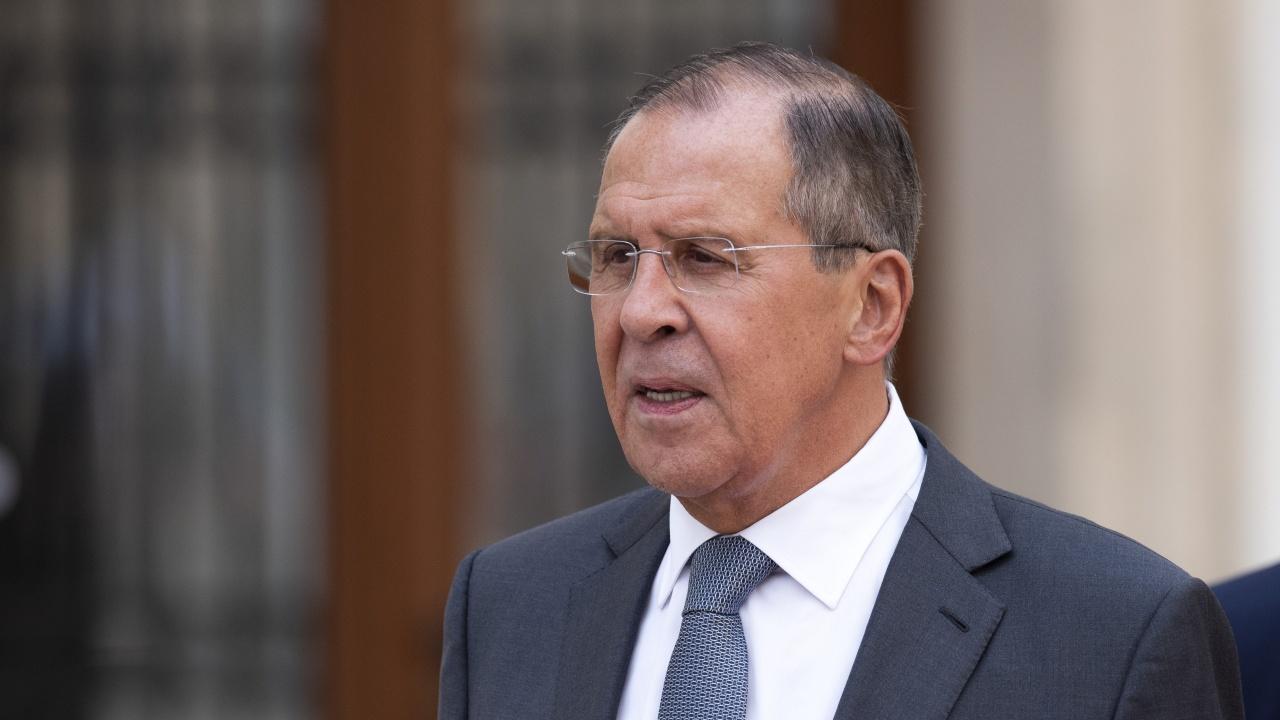 Лавров призова за възобновяване на диалога във военната сфера между страните от Арктическия съвет
