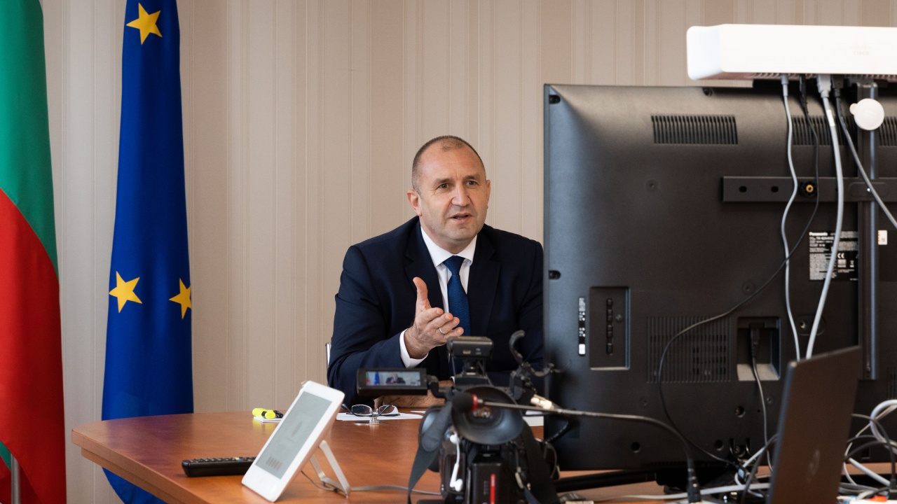 Румен Радев проведе видеоконферентен разговор с Шарл Мишел