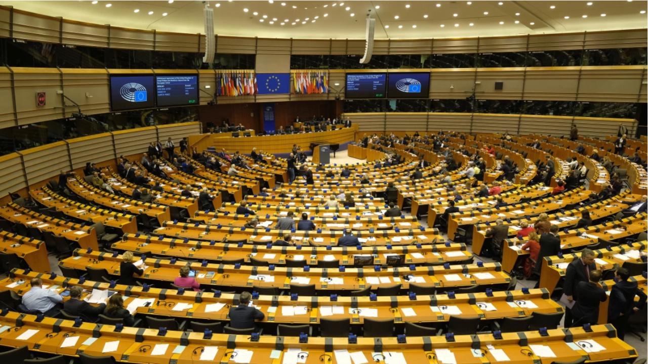 ЕП отказва каквото и да било споразумение с Китай, докато са налице санкции