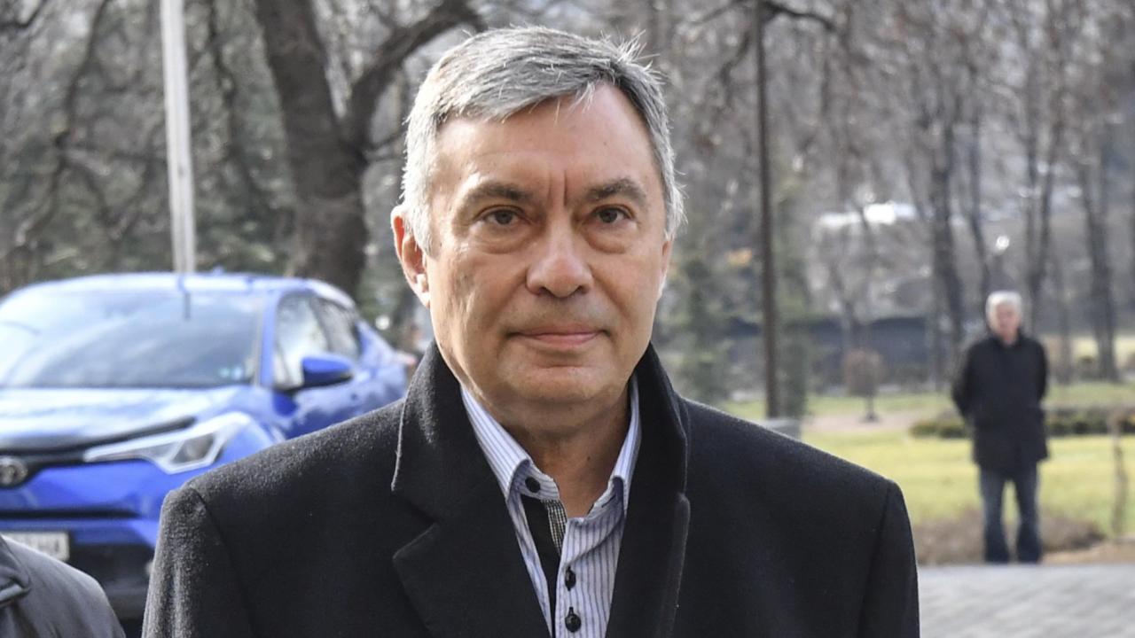 Георги Попов се прибира утре в България