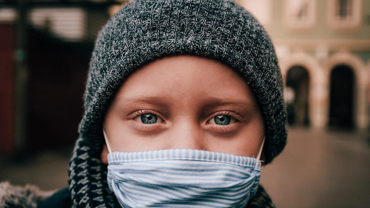 В Унгария отменят задължителното носене на маски на открито