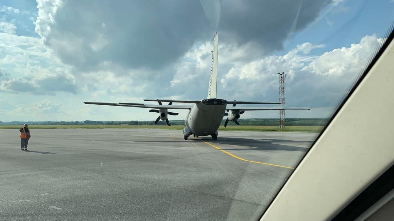 """Екипаж от ВВС със самолет """"Спартан"""" изпълни успешно донорска задача"""