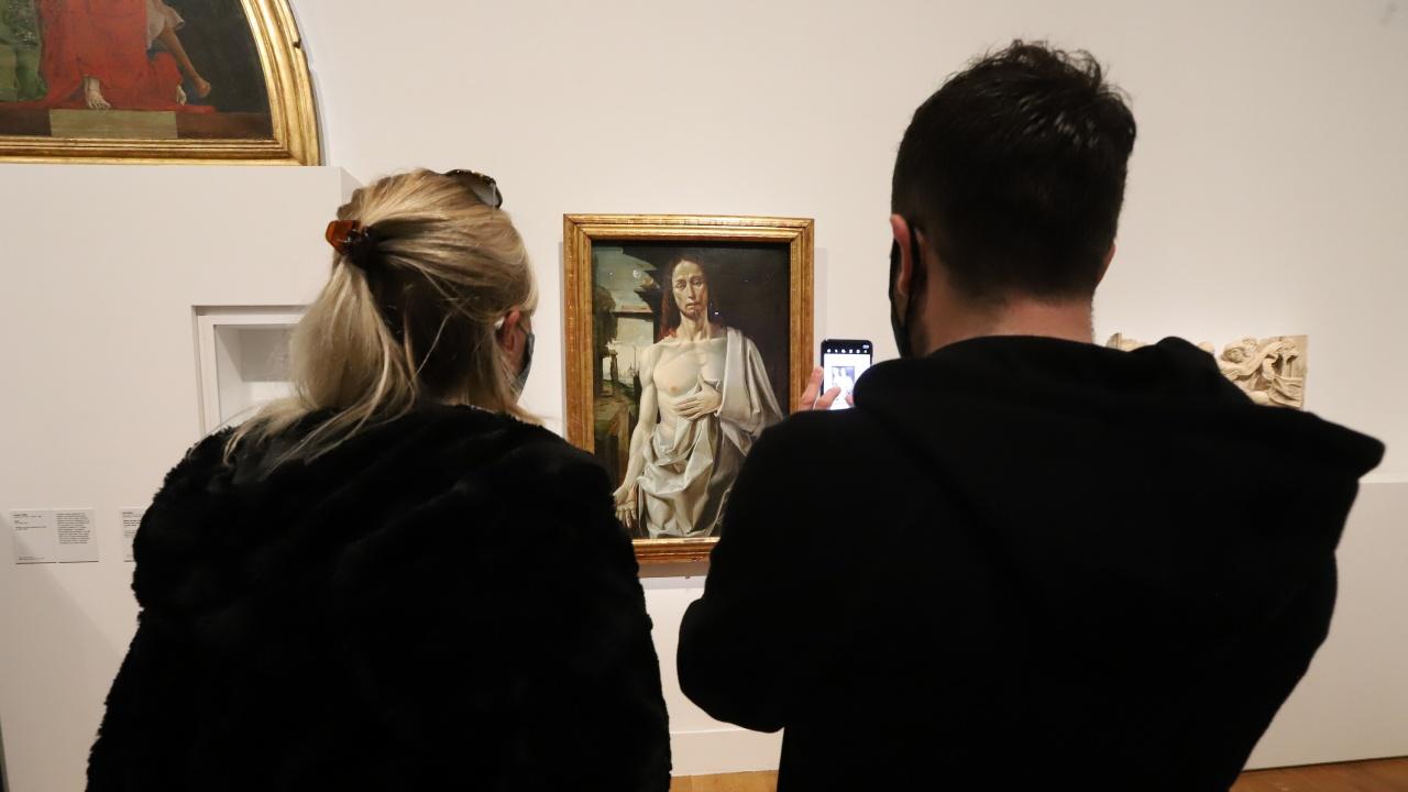 18-годишните във Франция ще получат по 300 евро за култура