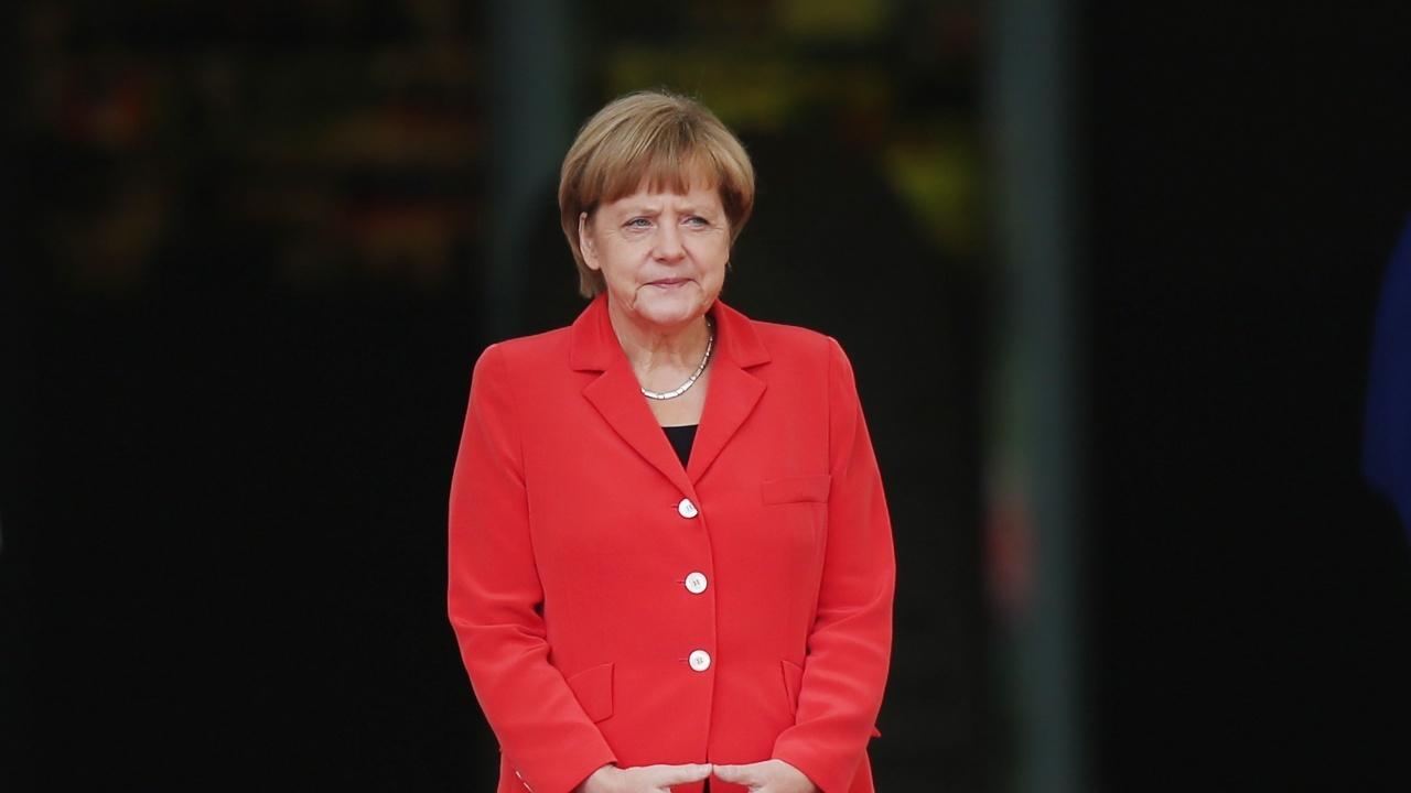 Меркел предупреди да не се допускат прояви на расизъм в Германия