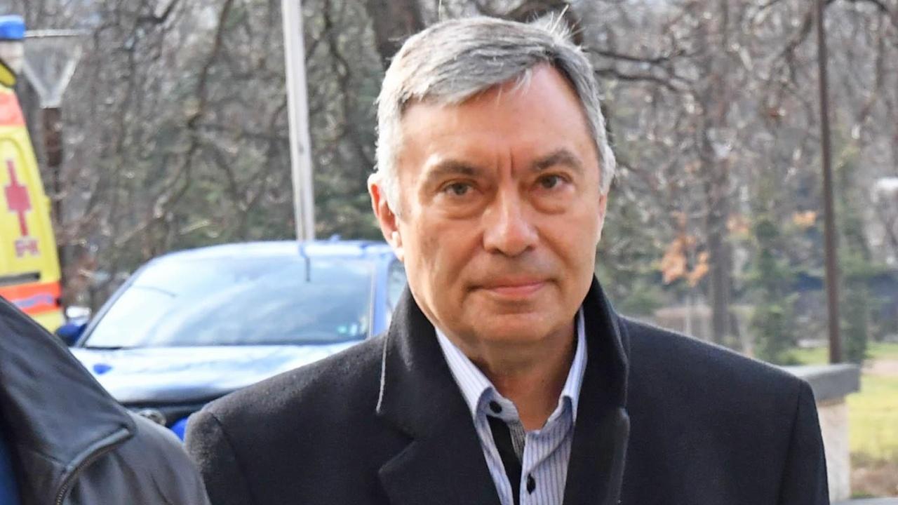 Съдружникът на Божков Георги Попов даде показания, гледат мярката му днес