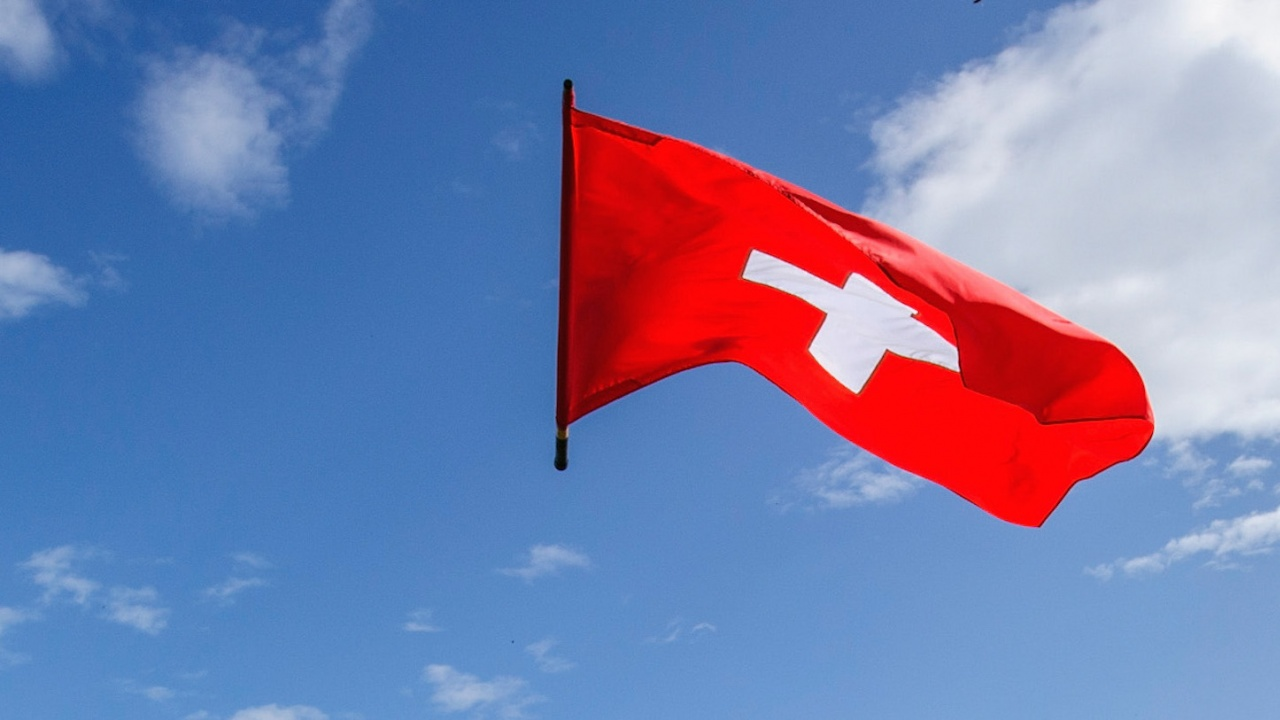 Швейцария: Не знаем за бомбена заплаха, довела до принудителното приземяване на самолет в Беларус