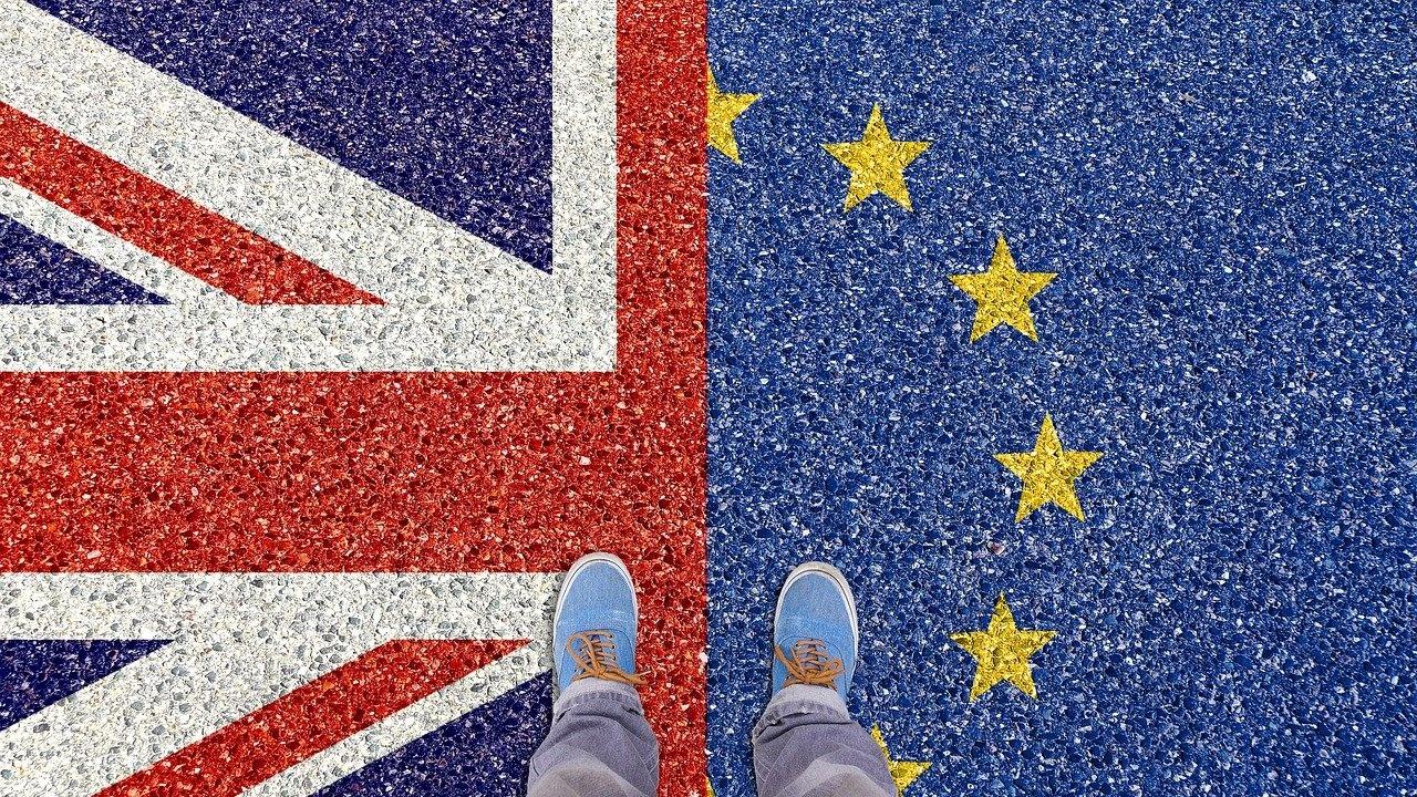 Търговският обмен между ЕС и Великобритания е спаднал с една четвърт след Брекзит