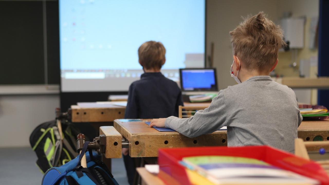 57 389 ученици от IV клас се явиха на национално външно оценяване по БЕЛ