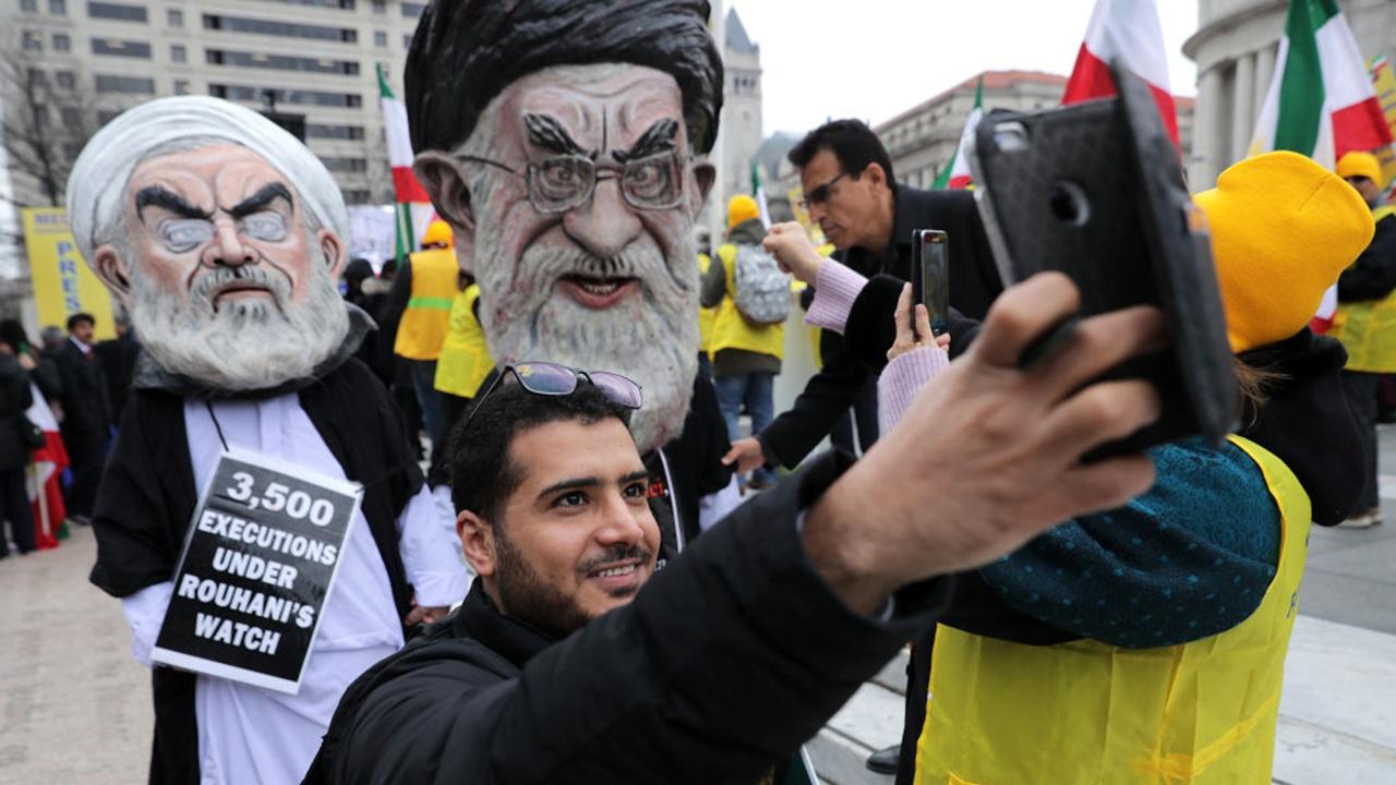 Бъдещ ирански лидер издал ли е 30 000 смъртни присъди