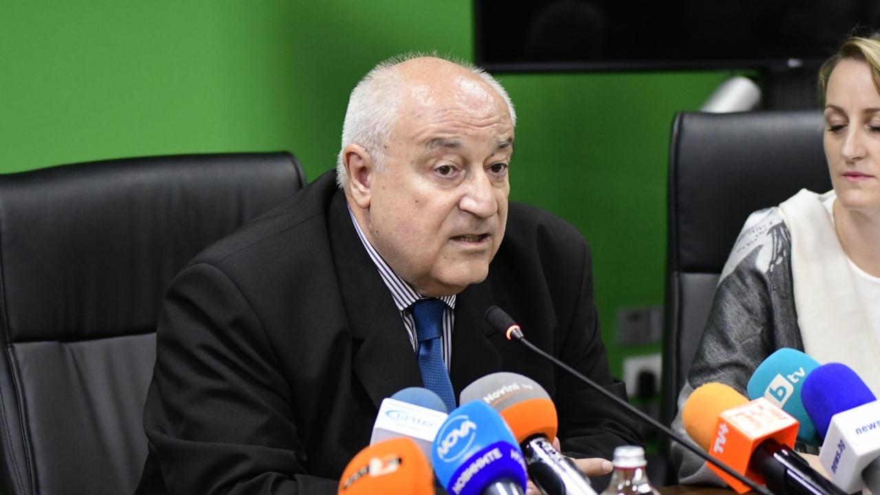 Министър Личев се натъкнал на тонове грешки и документи с тревожно съдържание в МОСВ