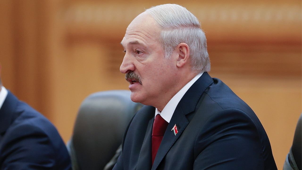 Естония призова Запада да прекъсне паричните потоци към Лукашенко