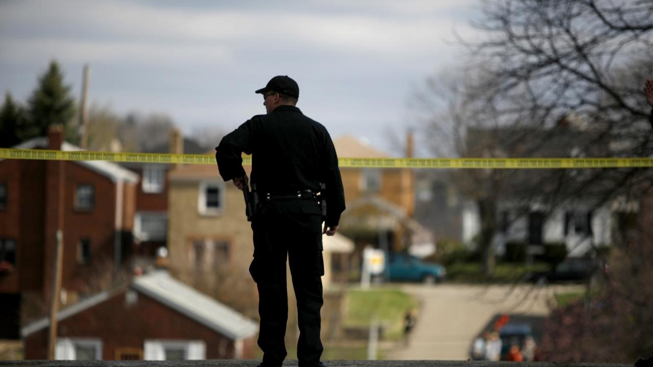 Двама загинали и над 20 ранени при стрелба във Флорида