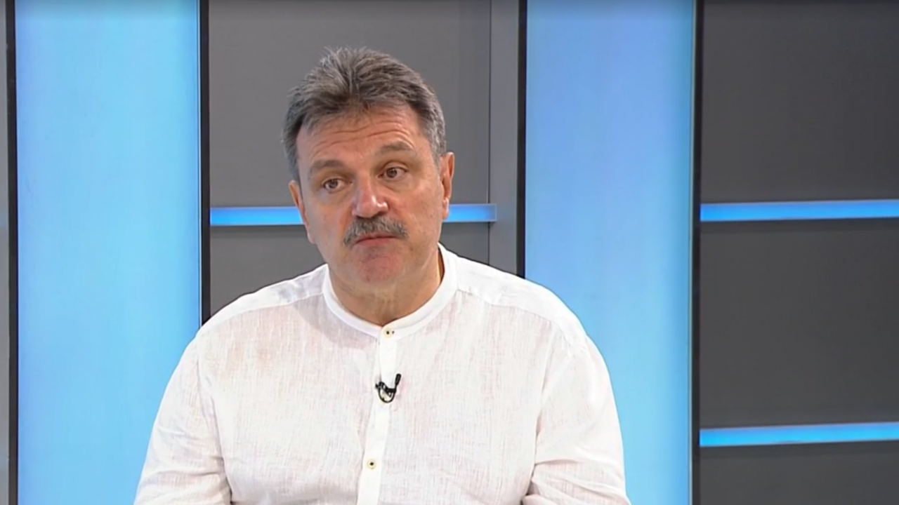 Д-р Симидчиев: Трябва да разберем защо хората у нас не искат да се ваксинират