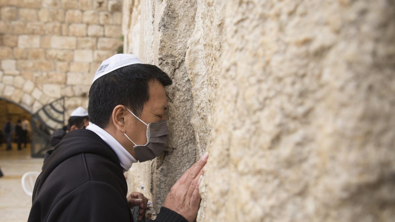 Израел отмени всички карантинни ограничения, останаха само маските на закрито