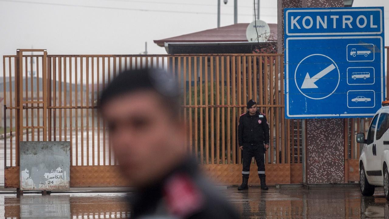 Българските граждани могат да влизат в Турция без PCR тест, но само ако са ваксинирани или преболедували COVID-19